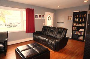 74 Casement livingroom