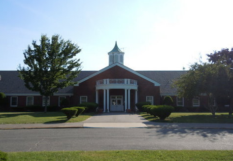 Picture of front of Mount Elementary School
