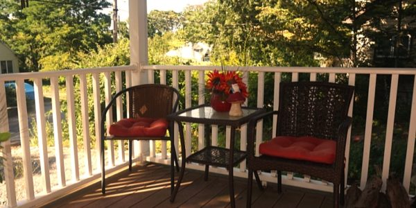 25 Zenith front porch
