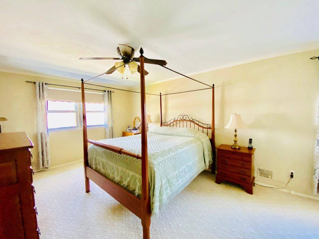 15 Fresno bed1