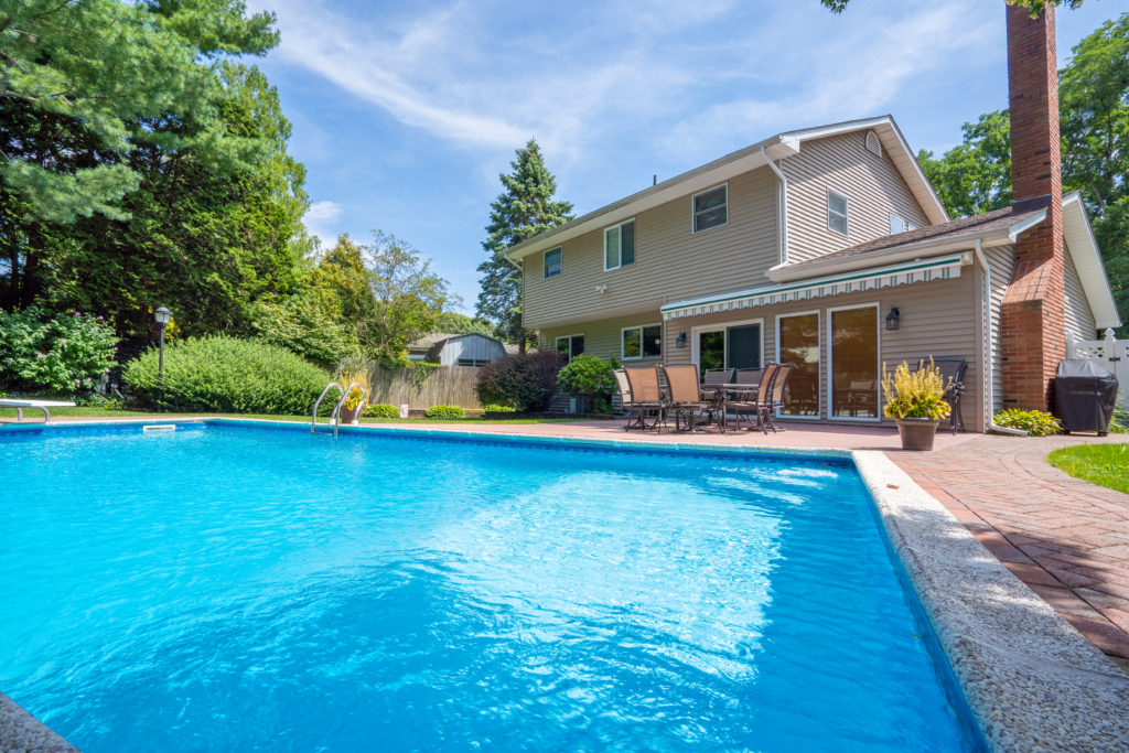 113 Patchogue Dr Rocky Point
